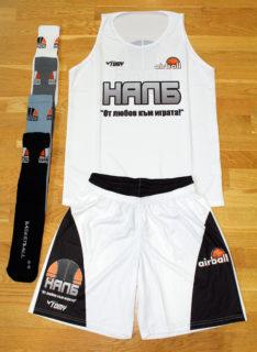 ПРОМОЦИЯ: Бял потник, бели шорти и чорапи (по избор) – 24.00 лева